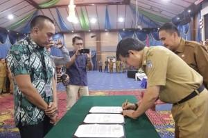 Walikota didampingi Sekkot Manado