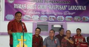 Suasana acara peletakan batu pertama pembangunan Rumah Sakit GMIM Kaupusan Langowan di Kabupaten Minahasa, Minggu 16 Juni 2019 sore.(Foto: dok/hms)