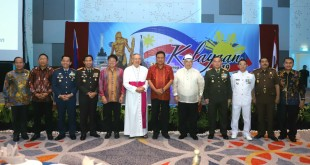 Gubernur Sulut Olly Dondokambey bersama jajaran Forkopimda Sulut ketika menghadiri acara Proklamasi Hari Kemerdekaan Filipina ke-121 tahun, di Manado, Minggu 16 Juni 2019 malam.(Foto: dok/hms)