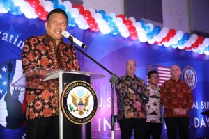 Gubernur Sulut Olly Dondokambey saat sambutan di 243rd US Independence Day Celebration and The 70th Anniversary of US-Indonesia Diplomatic Relation, di Hotel Four Points, Senin 17 Juni 2019.(Foto: dok/hms)