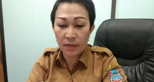 Kabag Hukum Pemkot Yanti Putri