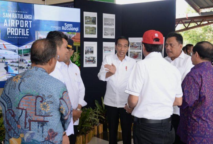Presiden Joko Widodo saat meninjau terminal penumpang Bandara Sam Ratulangi Manado.(Foto: ist)