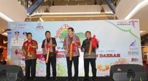 Wagub Sulut Steven Kandouw pada Pembukaan Festival Pesona Bunaken 2019, di Mantos.(Foto: hms)