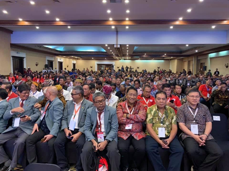 Sekdaprov Sulut Edwin Silangen tampak bersama peserta Konas XIII FK PKB PGI tahun 2019.(Foto: thoni)