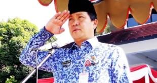 Wakil Gubernur Sulut Drs Steven OE Kandouw bertindak selaku Inspektur Upacara (Irup) dalam rangka memperingati Hari Sumpah Pemuda ke-91