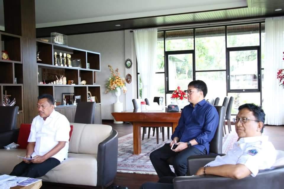 Gubernur Sulut Olly Dondokambey saat vidcon Monitoring dan Evaluasi Pelaksanaan Pembangunan di Daerah dan Penanganan Dampak Covid-19, Rabu 20 Mei 2020.(Foto: ist)