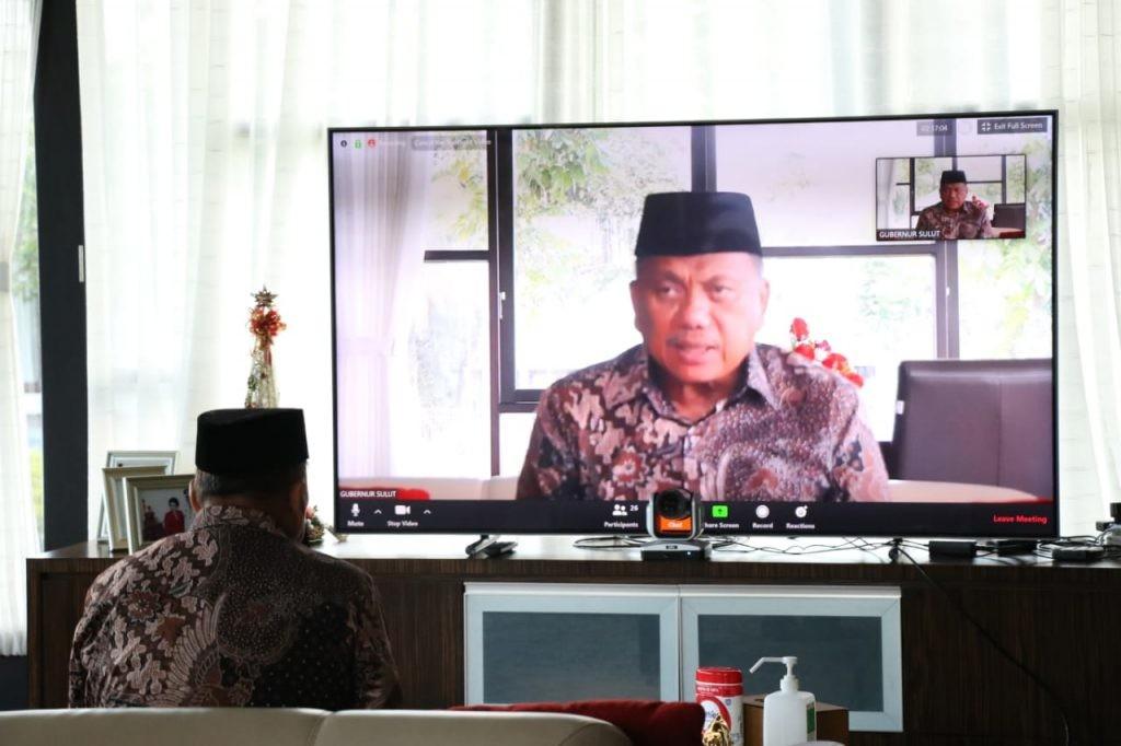 Gubernur Olly Dondokambey menghadiri penyerahan opini BPK RI secara virtual.(Foto: hbm)