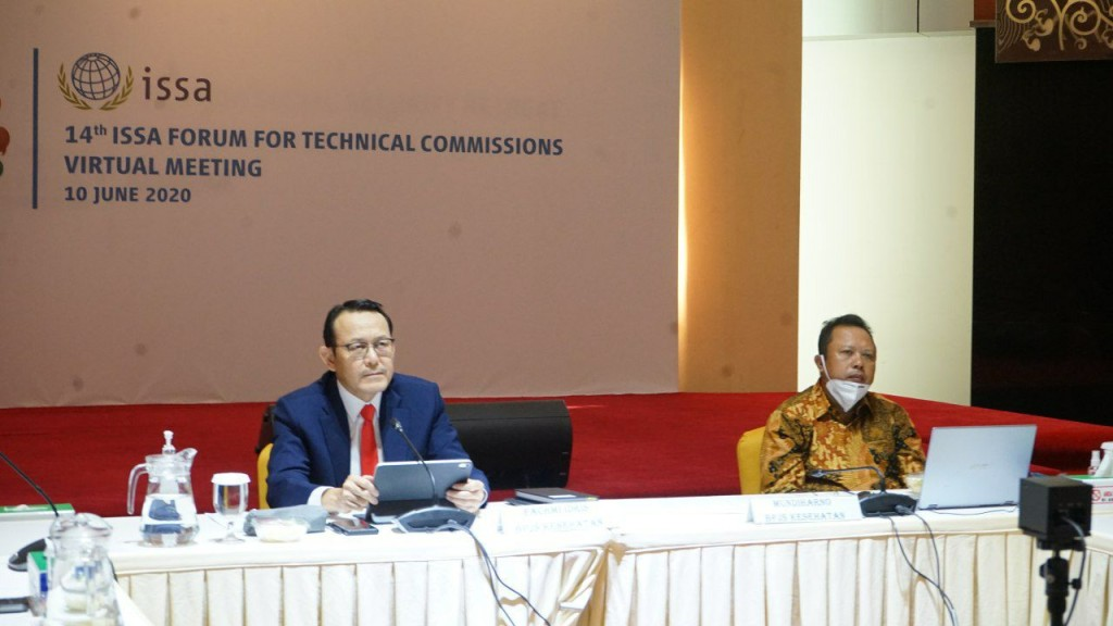 Dirut BPJS Kesehatan Fachmi Idris saat memimpin Komisi Kesehatan dalam 14th Technical Commission on Medical Care and Sickness Insurance, yang diselenggarakan International Social Security Association (ISSA), Rabu 10 Juni 2020.(Foto: ist)